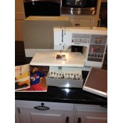 BERNINA 1130 SEWING MACHINE