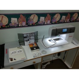 BERNINA 750 QE Sewing Machine - Built for the Quilter -NEW IN BOX -With Warranty