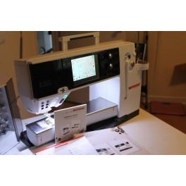 BERNINA 820 QE Sewing and Quilting Machine